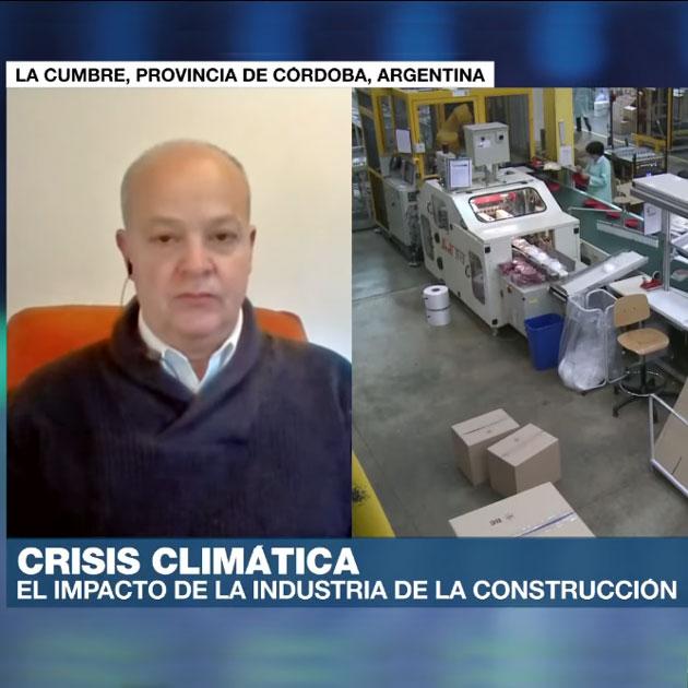Juan Manuel Vazquez hablando sobre la crisis climática en France24